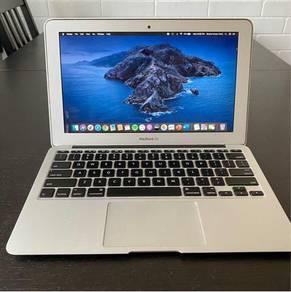 Macbook Air 11 inch 2014