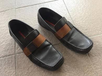 Authentic Prada shoes bronze Colour