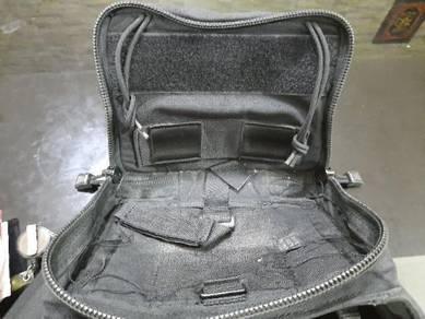 Pouch bag black hawk original nak jual