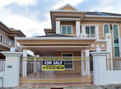 Double storey semi-d at Xiang Xiang Garden Luakbay Miri for sale