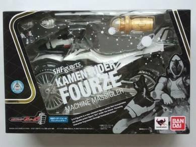 BANDAI S.H.Figuarts Kamen Masked Rider Fourze MACH