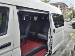 A New Toyota 10 Seater (Petrol) Minibus for lease