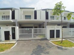 Double Storey Intermediate House at Laman Delfina, Nilai Impian
