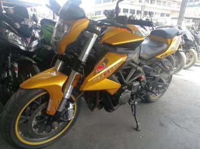 Benelli TNT 600