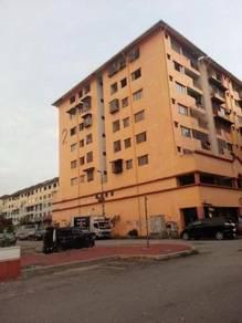 Apartment Putra Ria,Seri Kembangan
