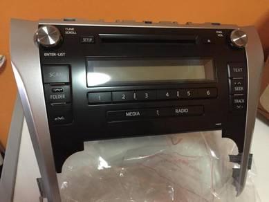 Toyota Camry radio FM