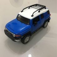 Toyota FJ Cruiser Diecast Model