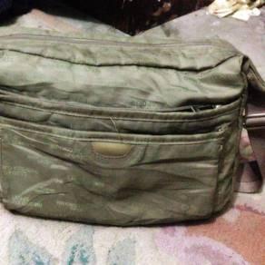 HIROKO KOSHINO Bag sling bundle