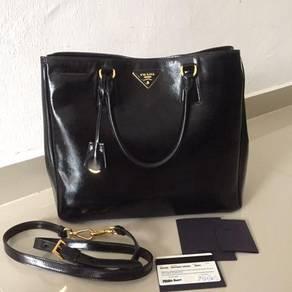 Prada saffiano handbag authentic
