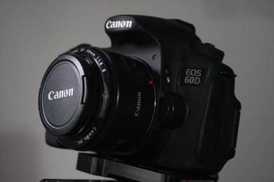 CANON 60d + 50mm 1.8 + 3 Battery