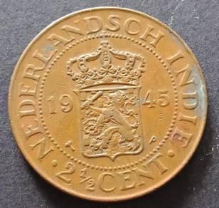 Nederlandsch Indie 2 1/2 Cent 1945 (Item C)