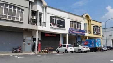 1Sty Factory 25ft High Behind KFC U5 Subang Bestari