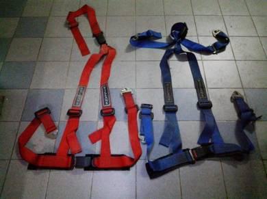 4 point seat belt