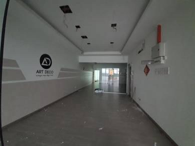 (Main Road) 1st Floor 1650sf Bandar Saujana Putra Shop office