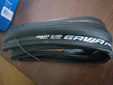 AC1 Giant Road Bike tire tubeless ready 700 x 25C