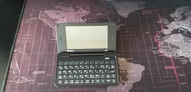 Atlas A829 Electronic Dictionary