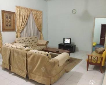Rumah 3 Bilik Aircond Pusat Bandar KB