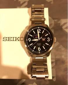 Seiko 5 Sports SSA291K1 43.5mm
