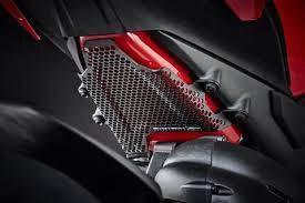 Bottom Fuel Tank Guard Ducati Panigale V4