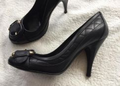 Authentic Burberry shoes high heels Nice design
