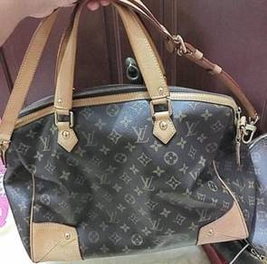 Louis Vuitton pre-loved to let go