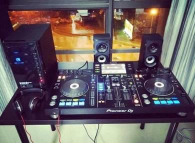 Pioneer XDJ-RX Recordbox DJ System 2 Channel + 2 U