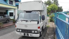 Toyota dyna hiace for sales
