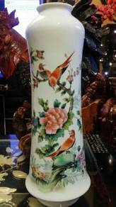Chinese vintage antique porcelain white vase SLG