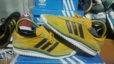 Adidas SL72