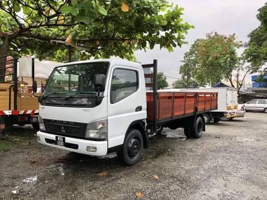 Mitsubishi Fuso FE83PG 3 Ton 17 Kaki Kayu Lorry