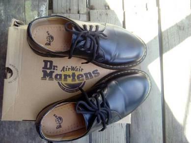 Dr Martens 3i Black