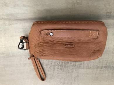Original Camel clutch man bag