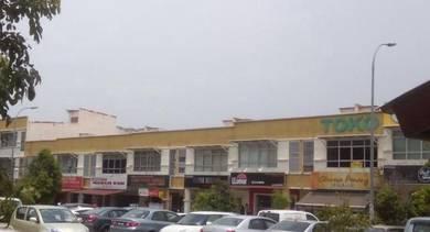 Grd flr shop in busiest area in glenmarie sek u1 shah alam for rent