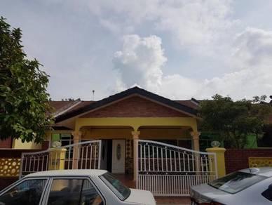 2 buah rumah 1stry di Taman Mahsuri, Pulau Sebang