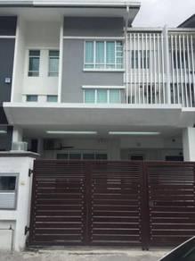 (Fully Furnished Unit) 2.5 Storey Bandar Bukit Tinggi 2 Klang Ambang