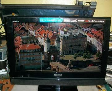 Tv Lcd Toshiba 24 inci
