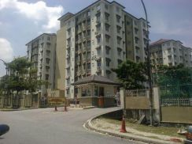 Shah Alam Seksyen 27, Sri Ixora apartment with Full Furniture -End Jun
