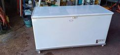 Used chest freezer 5.5ft forsale