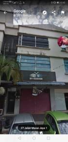 Shop lot for sale masai plentong 3 storey  ready tenant rm6000