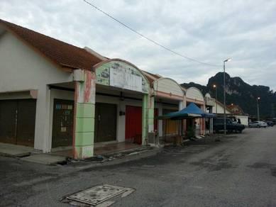 Kedai setingkat lot tepi untuk disewa di Ulu Kinta