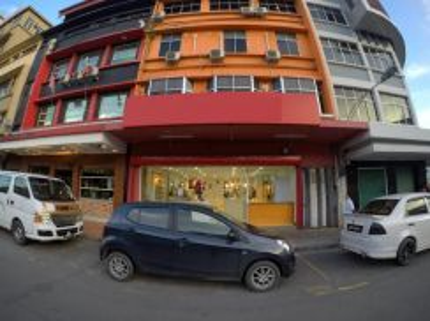 Kampung Air Shop Lot (Next to Daily Express Building; Facing Sinsuran)