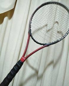 Tennis racket (new)