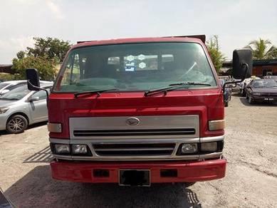 Daihatsu v116 kargo am 14.5ft