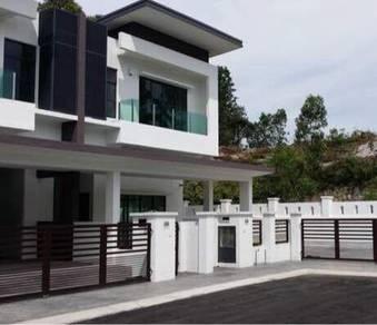 The Signature, Taman Bukit Serdang, Brand New 2 Storey Corner House