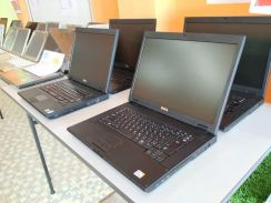 Laptop dell gred a dari jepun body cantik d losong