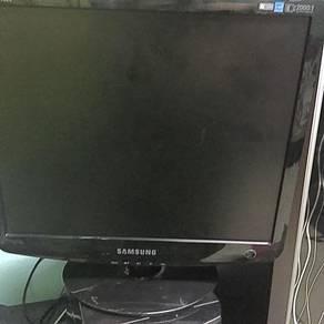 Monitor untuk dijual