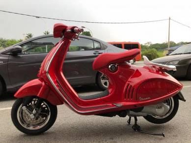 Vespa 946 Red Edition