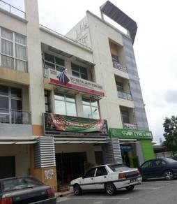 Taman Tasik Prima Puchong , Ground Floor Shop lot , Near the wharf