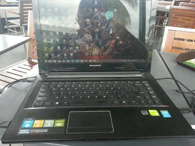Laptop jenama Lenovo model Z40