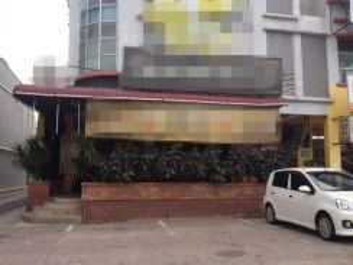 Tmn tropika & indahpura kulai end lot cafe shop